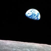 Από τη Γη στη Σελήνη: Το χρονικό ενός μεγάλου ταξιδιού...